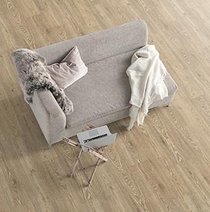 small-roble-corton-claro-suelo-laminado-tarima-ambiente